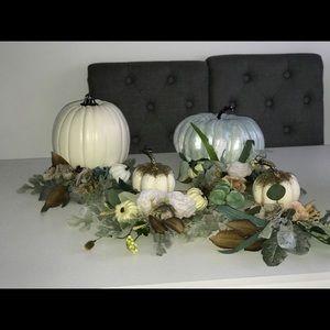 Accents - Handmade Pumpkin Center Pieces